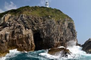 足摺岬灯塔和洞窟